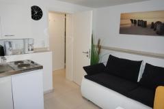 Souterrain-Appartement links